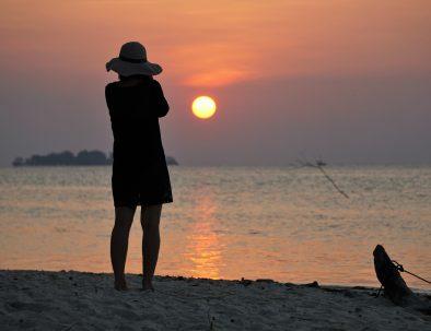 sunset island karimunjawa